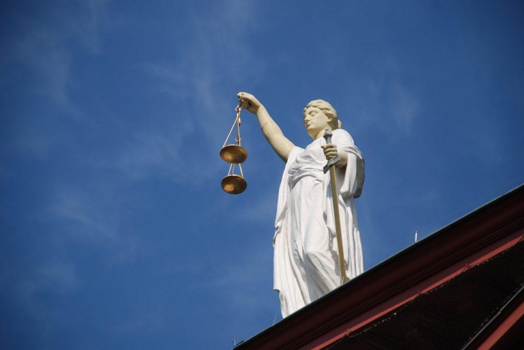 Gerechtshof - Problemen met justitie